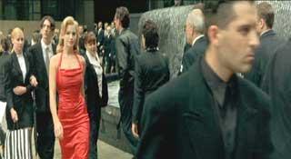 Красное платье из матрицы
